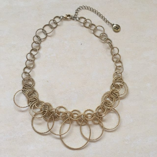 Lightweight Gold necklace