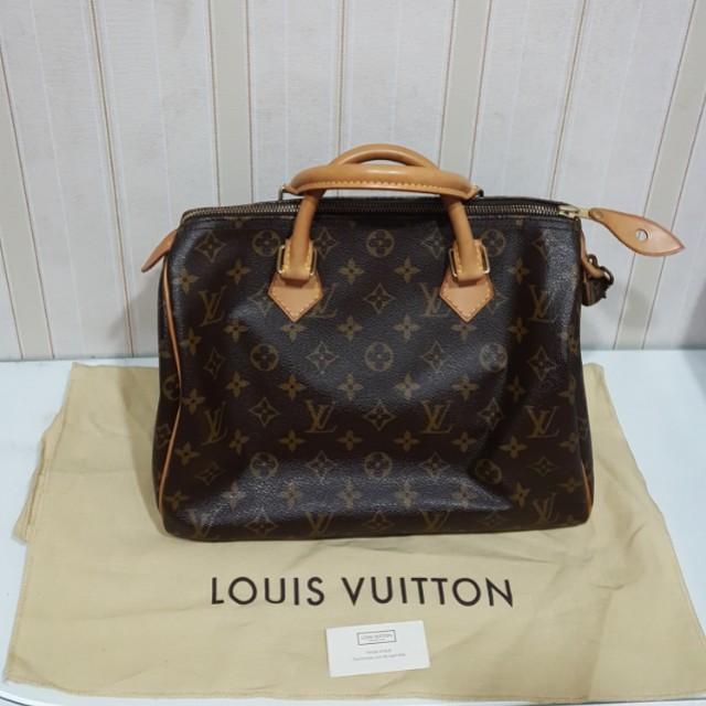 Louis Vuitton  Speedy 30 Monogram Authentic