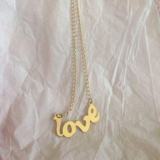 Love necklace, kalung love