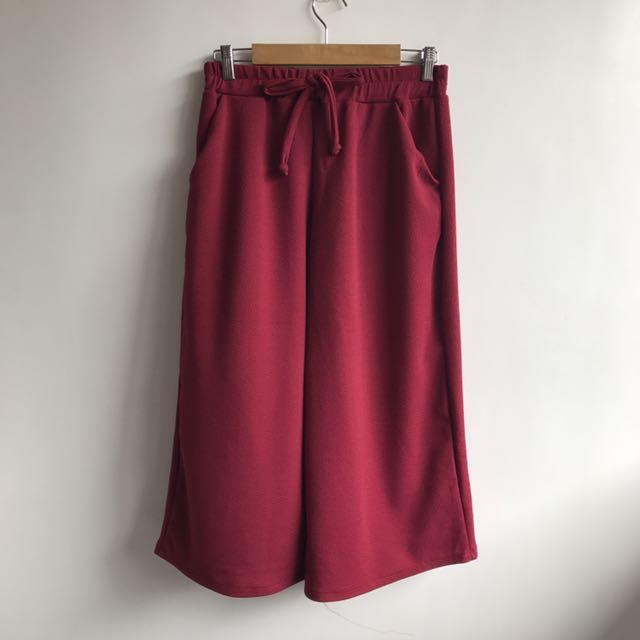 Maroon Square pants
