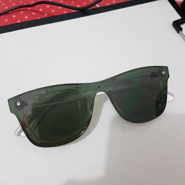 Miniso Black Glasses Kacamata Hitam