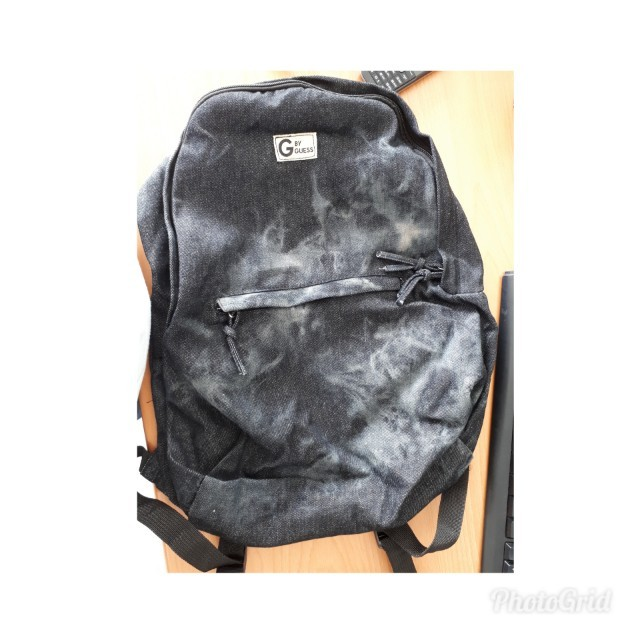 40cb78492d3c Original Guess Backpack with free Guess Pouch