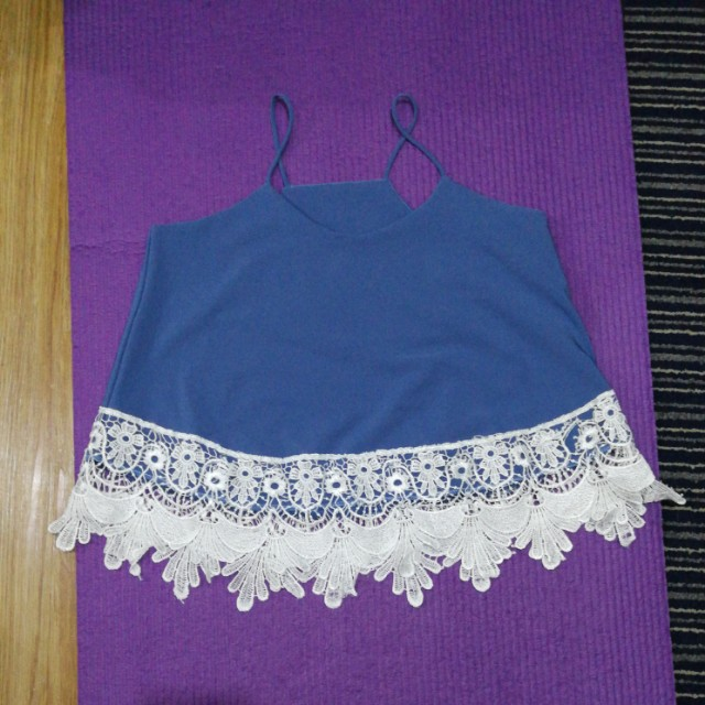String semi crop blouse with lace