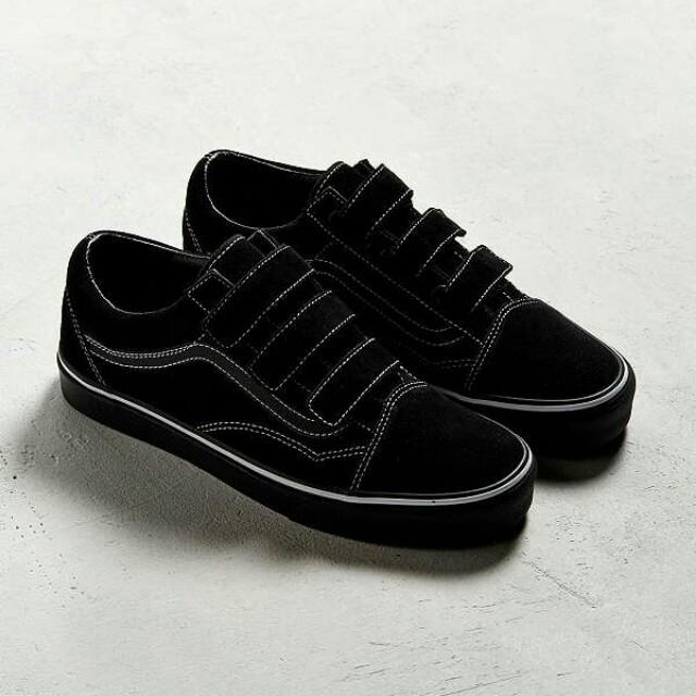 6943b7b8394b0f Limited Edition Woman Vans Velcro Black Sneakers (Old Skool V Pro ...