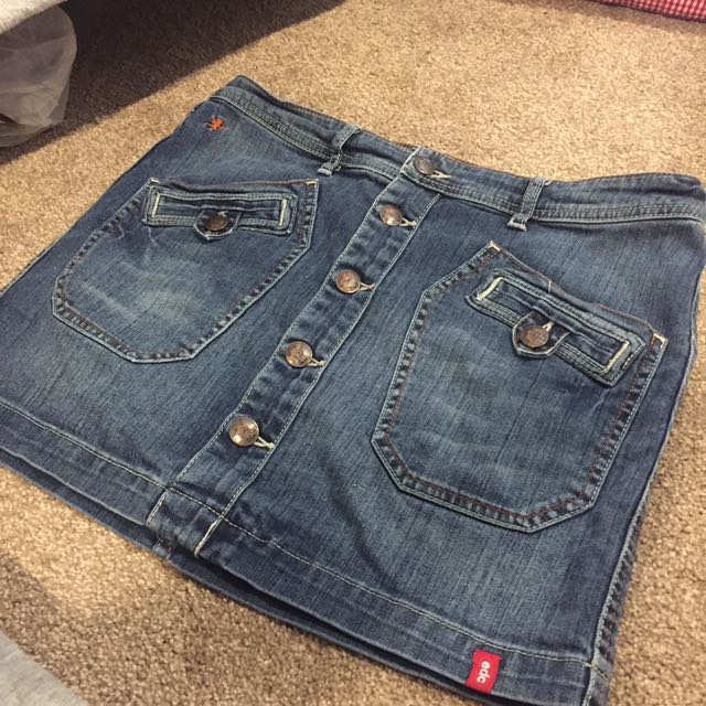Women's denim skirt size 10