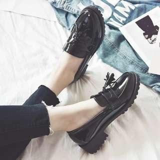 推薦👍可拆式兩穿簡約百搭流蘇圓頭低跟粗跟漆皮鞋 皮鞋樂福鞋 平底鞋