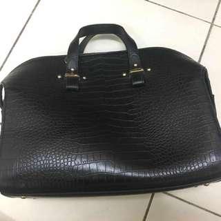 WOMEN'S BAG (VINCCI BRAND)