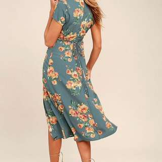 Lulu's floral Midi Dress - Size Medium