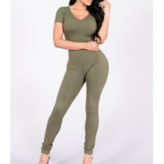 #BlackFriday50 Fashion Nova Jumpsuit