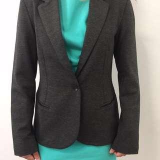 BNWOT:Grey Blazer Size 10,