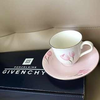 (全新)日本製Givenchy 高級金邊立體雕花杯碟套裝 5件組