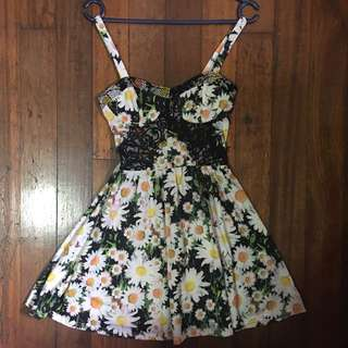 Top shop Floral Bust and Laced Dress