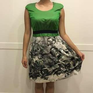 Laicarfore 萊卡佛 近全新 清新綠緞面洋裝 小禮服 正裝 M size    #幫你省運費