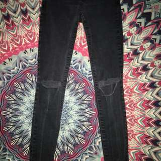 Black skinny garage jeans