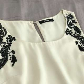 Oasis sleeveless top with beaded embroidery