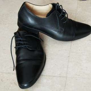 Formal office black shoes