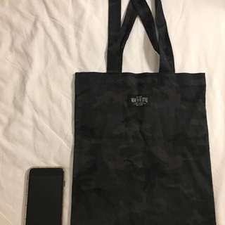 泰國設計師製作的環保袋