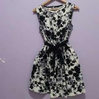 Dress Black flower / Dress bunga Hitam
