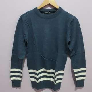 Sweater rajut Ada