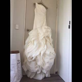 Amazing Vera Wang wedding dress size 6-8