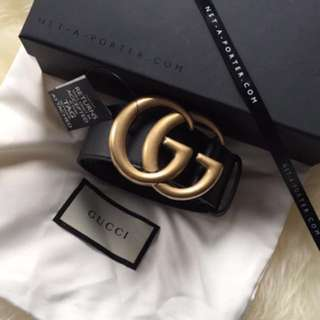 Gucci double G buckle