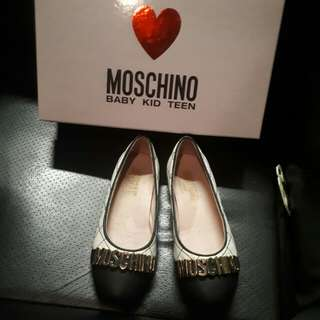 girl shoes authentic moschino size 34