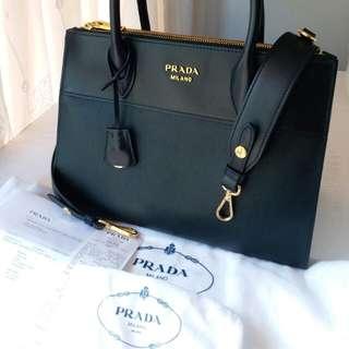 全新Prada 2017 黑色 Prada Paradigme Saffiano 小牛皮手袋手挽袋