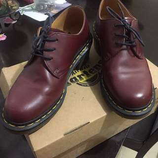 Dr Martens Cherry Red Rouge US7