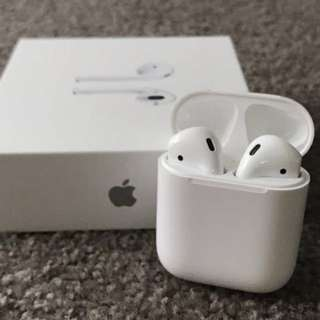 NEW SEALED GENUINE APPLE AIRPODS