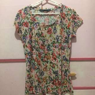 Printed floral shirt