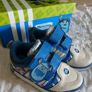 Adidas Scully Toddler Boy furry Shoes UK9k EU 26.5