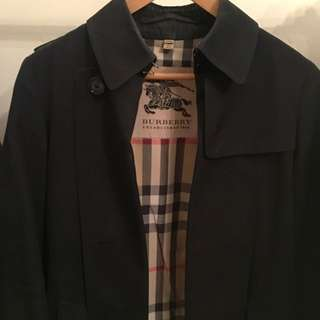 Burberry Trench Coat. Black, Size 10