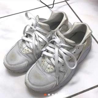 Nike白武士