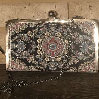 Turkish pattern clutch