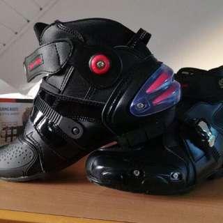 Motorbike shoes pro