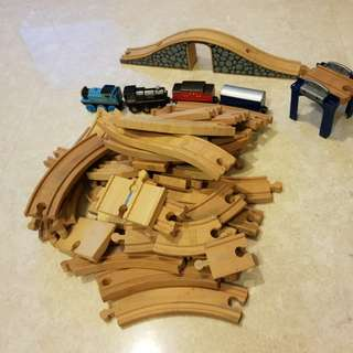 Wooden train set 45 pieces