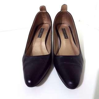 Chelsea Black Heels