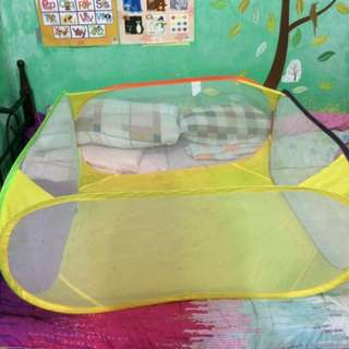 Baby soft and foldable playpen