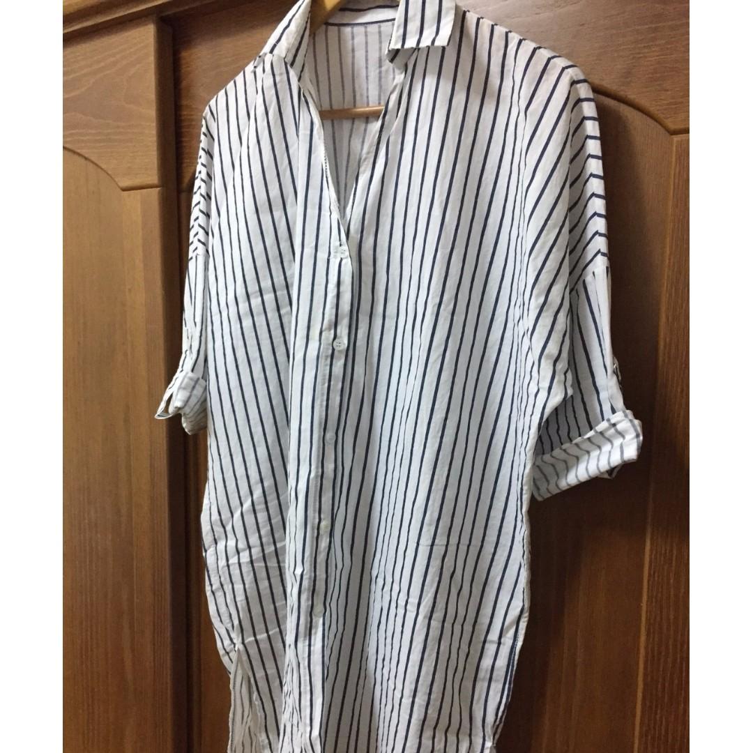 2手  直條紋 襯杉 顯瘦 150元 賣場衣褲任選兩件以上免運