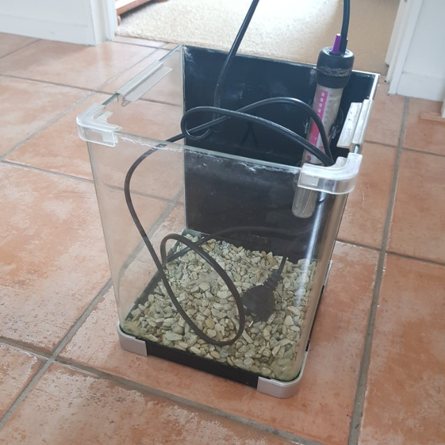 9L Fish tank (with pump and  heater)