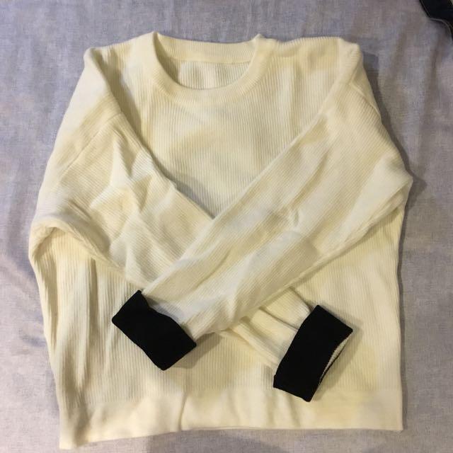 白色針織上衣 韓衣