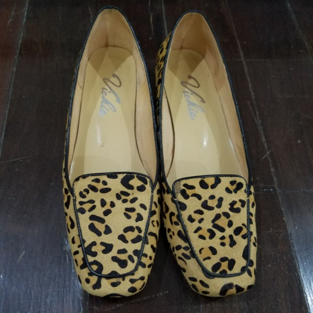 Animal Print Textured Loafers/Shoes - Size 36