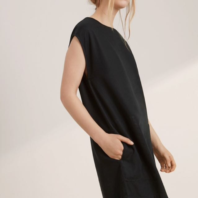 Aritzia Wilfred Free Nori Dress - Size Medium