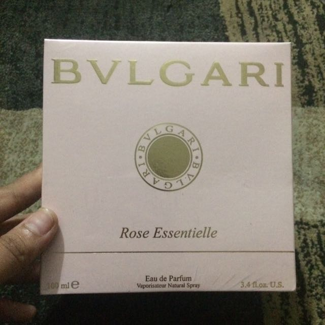 Bvlgari rose essentielle ( Lokal )