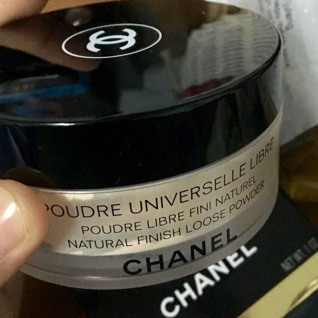 Chanel universelle libre shade 20 clair