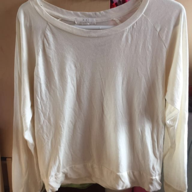 CREAM COLOUR LONG SLEEVE T SHIRT