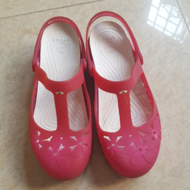 c462d967c Crocs Shoes Hello Kitty W9 Translucent Pink 3D Flower T Strap Clogs,  Women's Fashion, Shoes on Carousell
