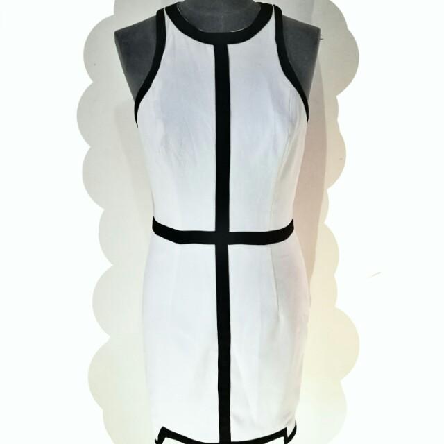 ELLE ZEITOUNE (SYDNEY) structured cocktail dress 10