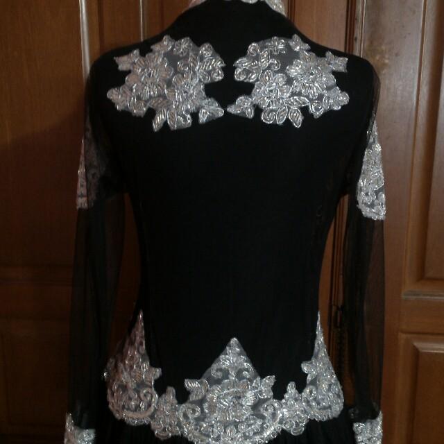 Gaun Panjang Kebaya Pengantin Hitam Silver Full Set Dengan Kain