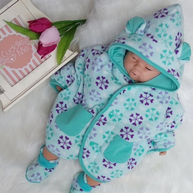 Jaket Bayi Cuddle Me Baby Cape multifungsi motif bunga, Babies & Kids, Babies Apparel on Carousell